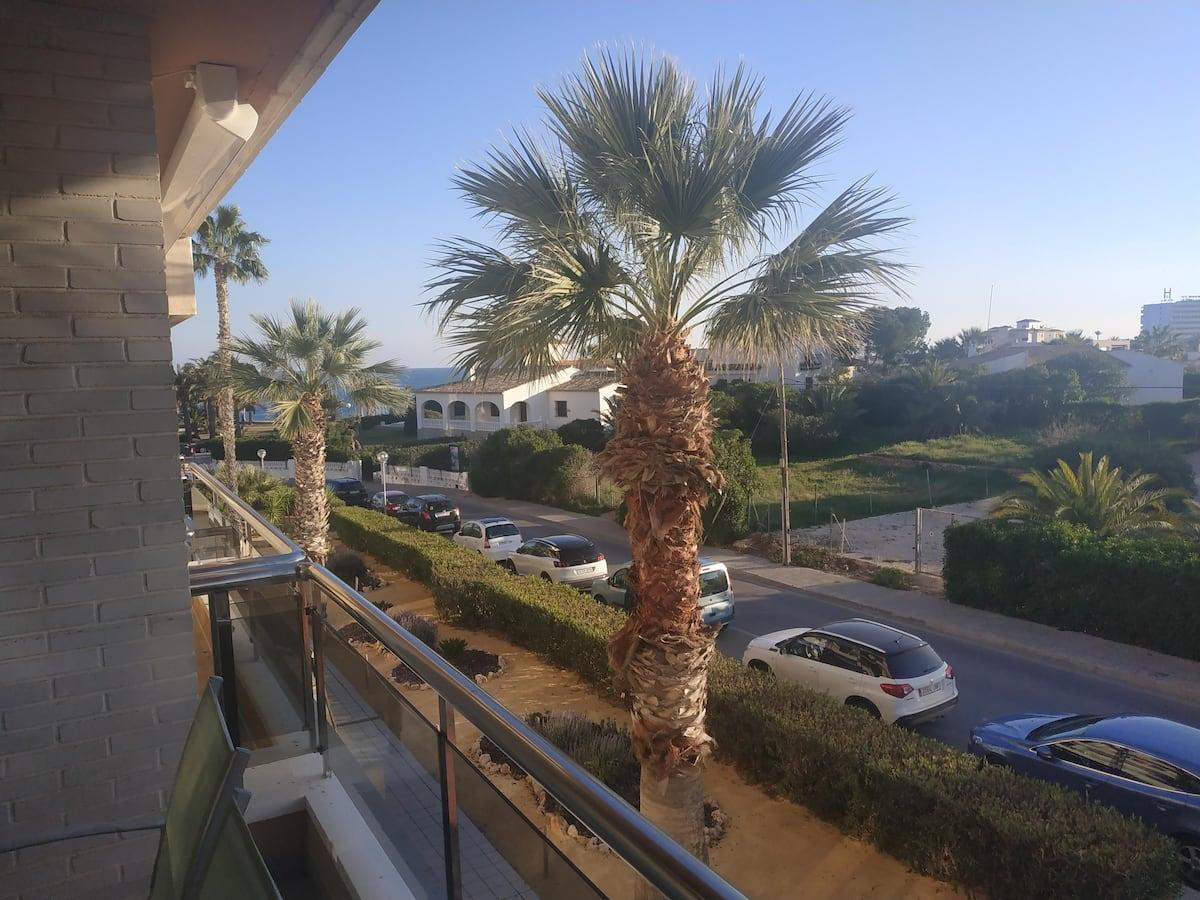 Apartment with views in Playa Flamenca